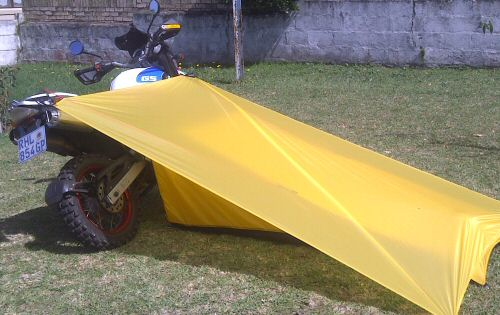Small touring tent for motorcycles